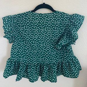 SHEIN Tops - Green Floral Print Butterfly Sleeve Top